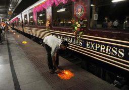 Lüks Trenle Delhiden Varanasiye