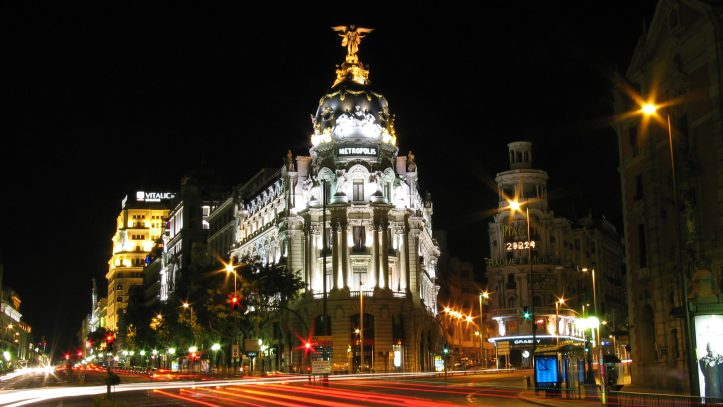 Her Gün Kalkışlı Madrid Turu