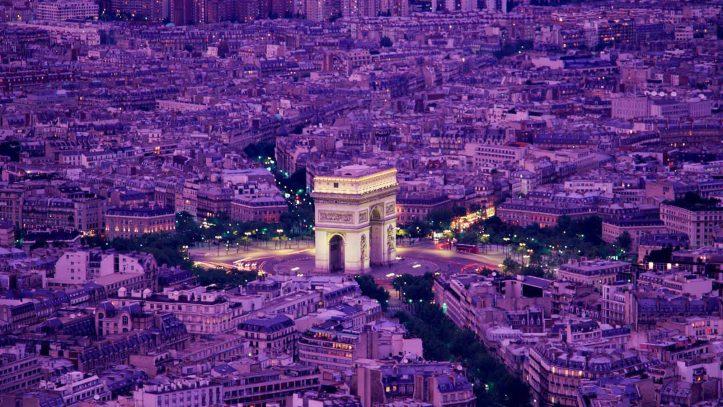 Her Perşembe Kalkışlı Paris Turu
